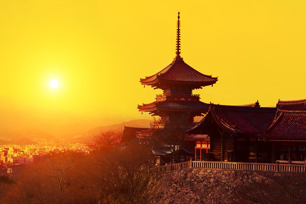 Magical sunset over Kiyomizu-dera Temple, Kyoto, Japan